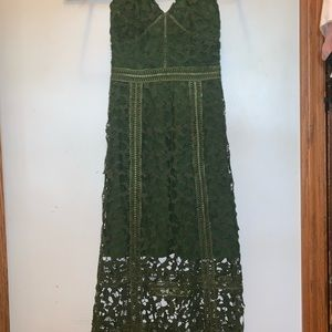 Elliat green lace formal dress
